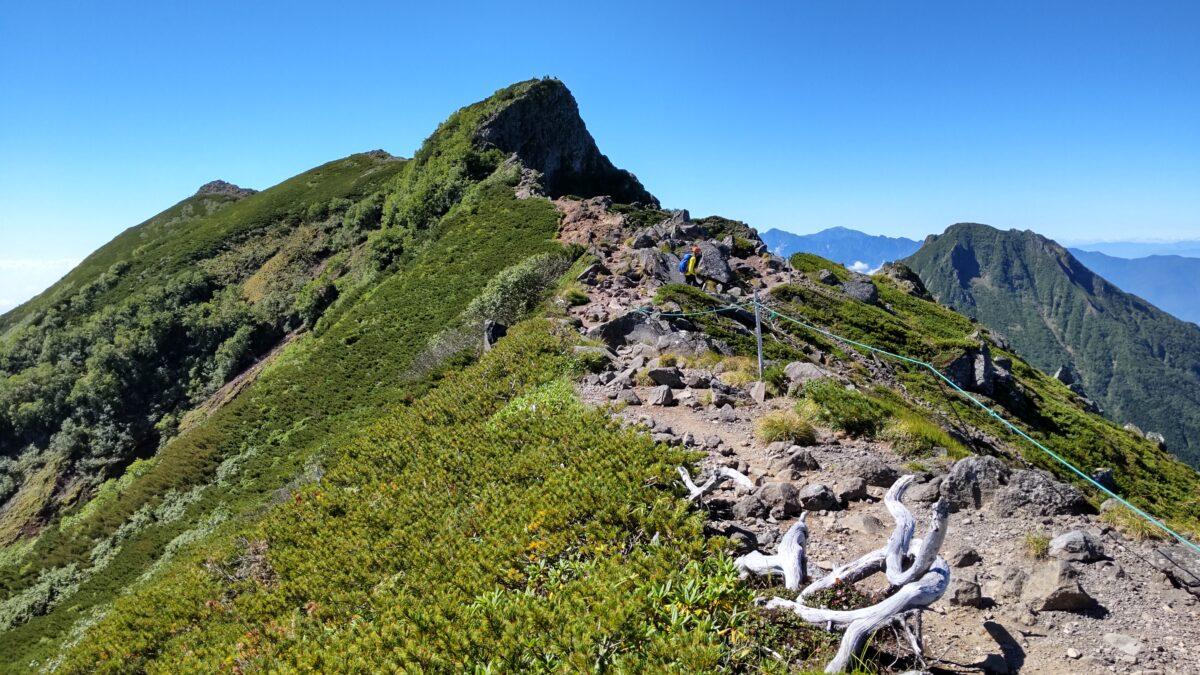 横岳の最高峰「奥の院」