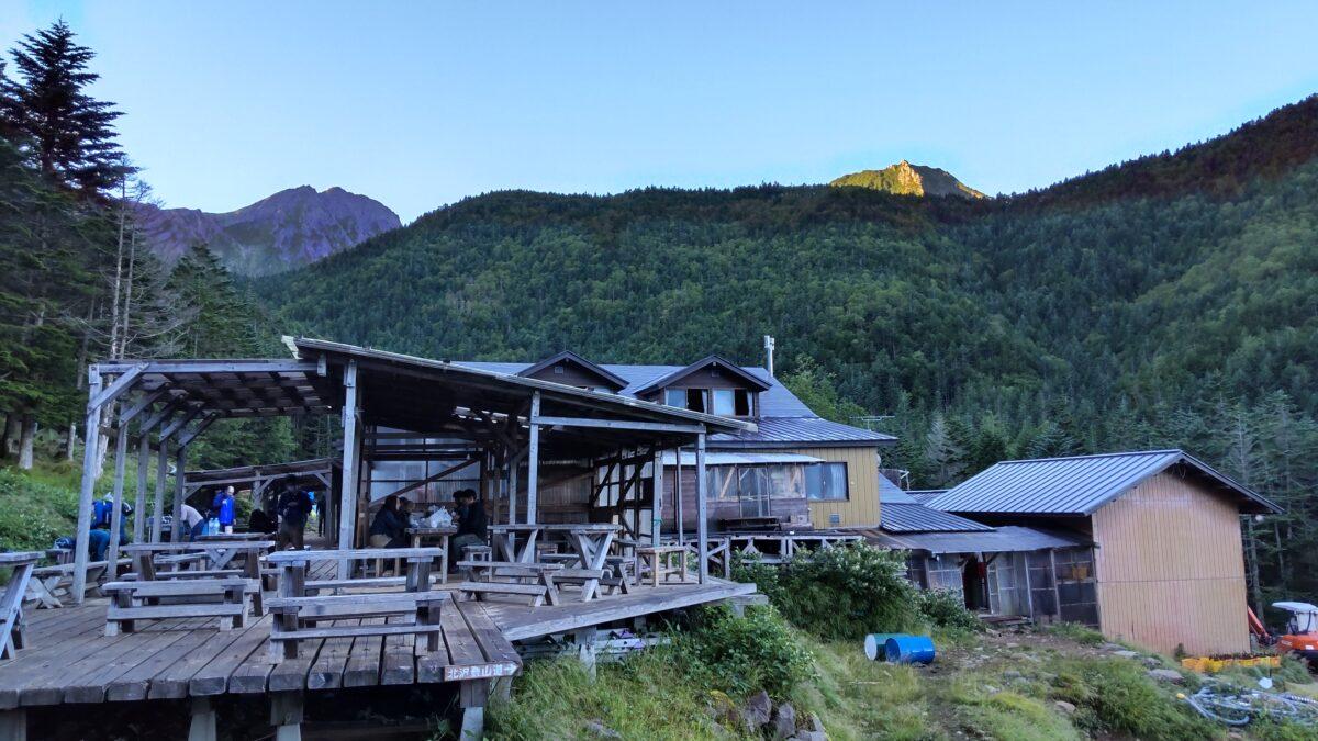 明け方の赤岳鉱泉