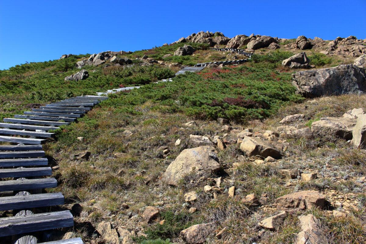 山ノ鼻ルート、頂上への最後の階段!