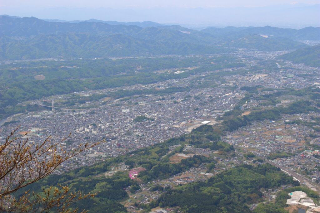 武甲山展望台から見る秩父の街並み