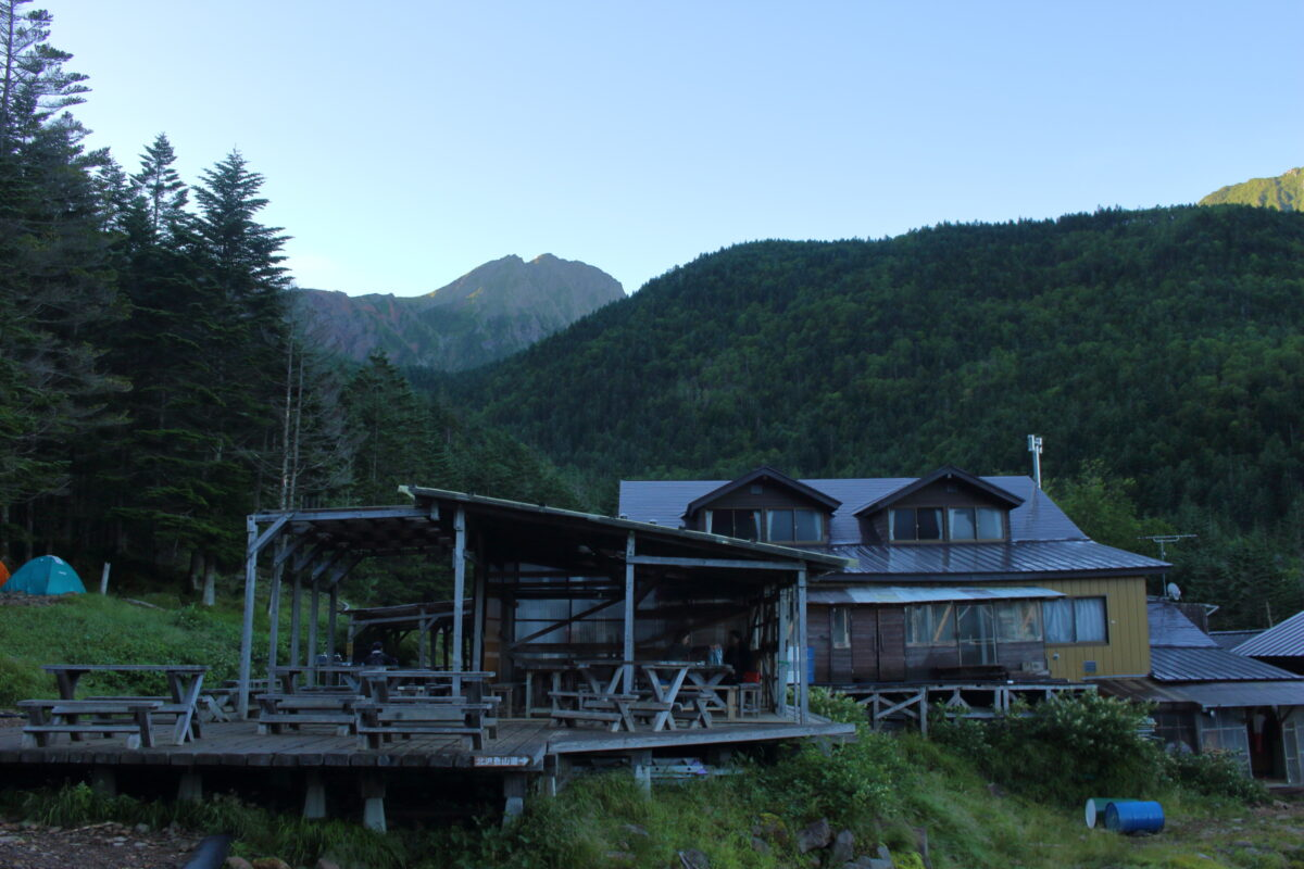 早朝の赤岳鉱泉
