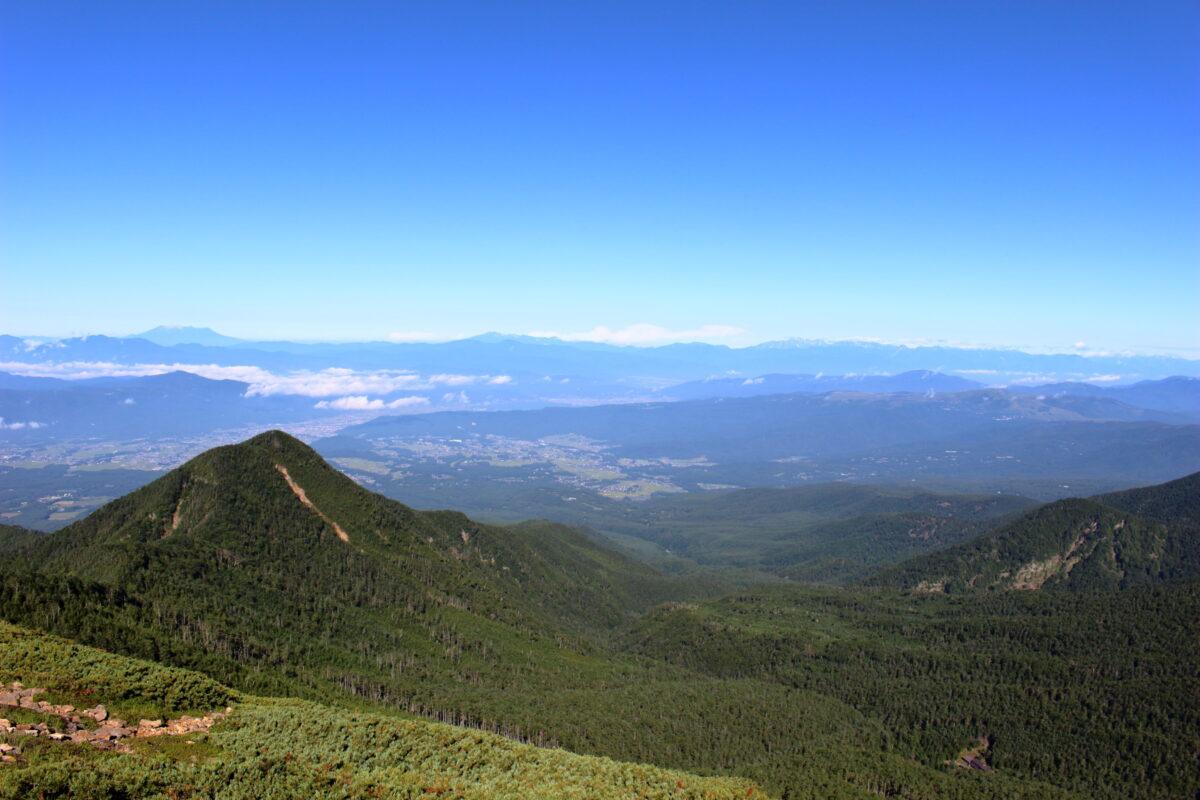 硫黄岳の稜線からの西側の景色