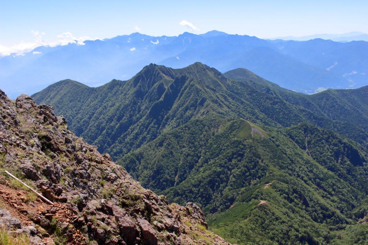 赤岳山頂からの北側の景色