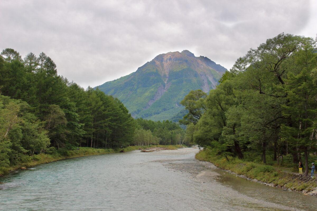 河童橋から眺める焼岳